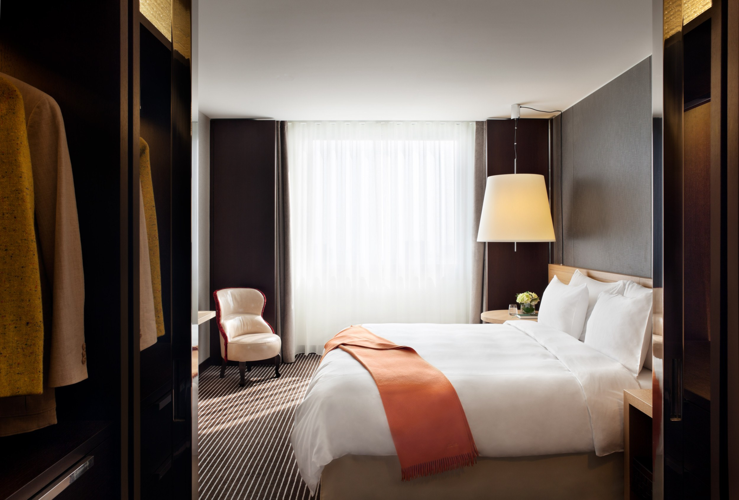 Intercontinental-Geneve-Suisse-hotel-room
