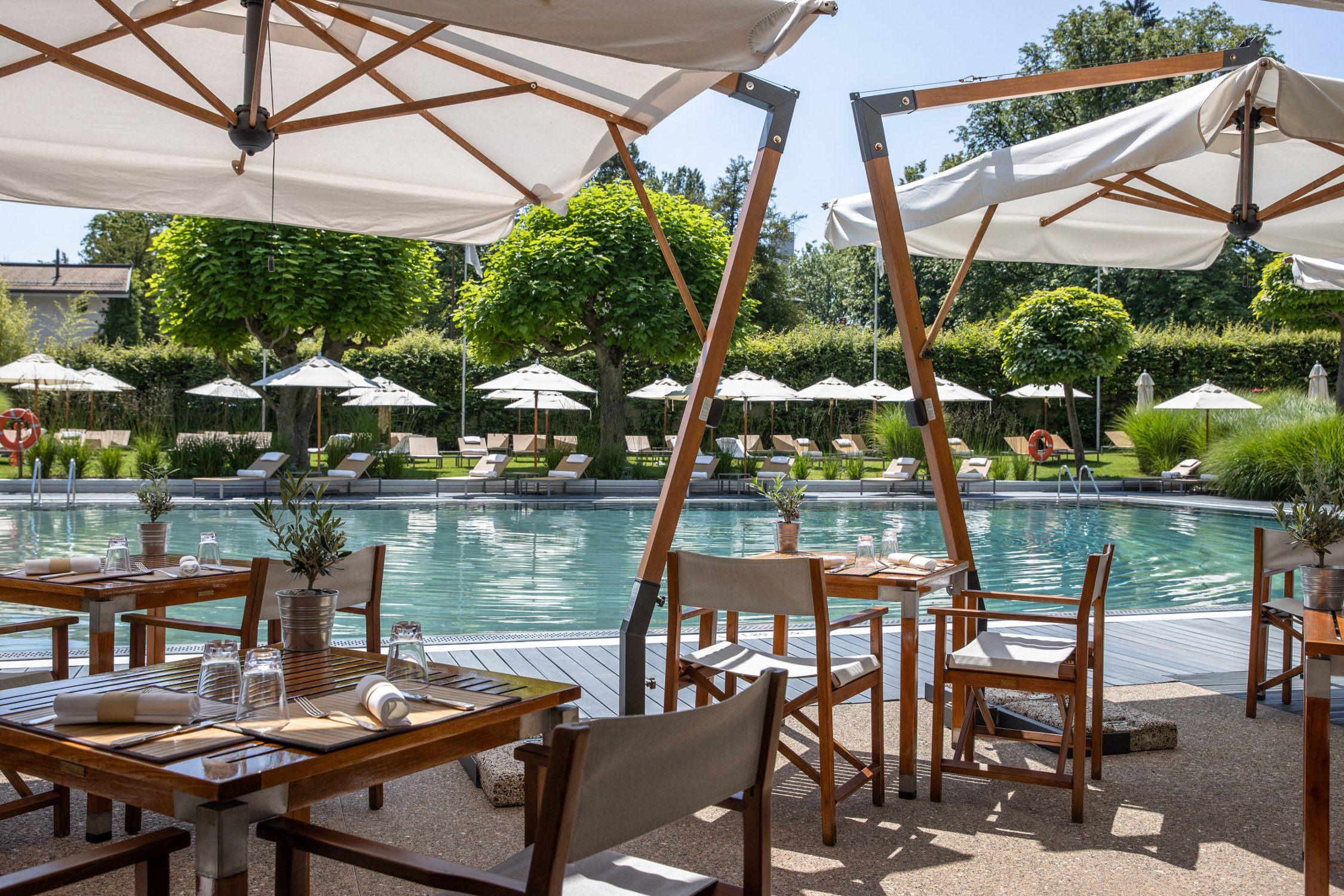 InterContinental-Geneva-Hotel-Poolside-restaurant-2