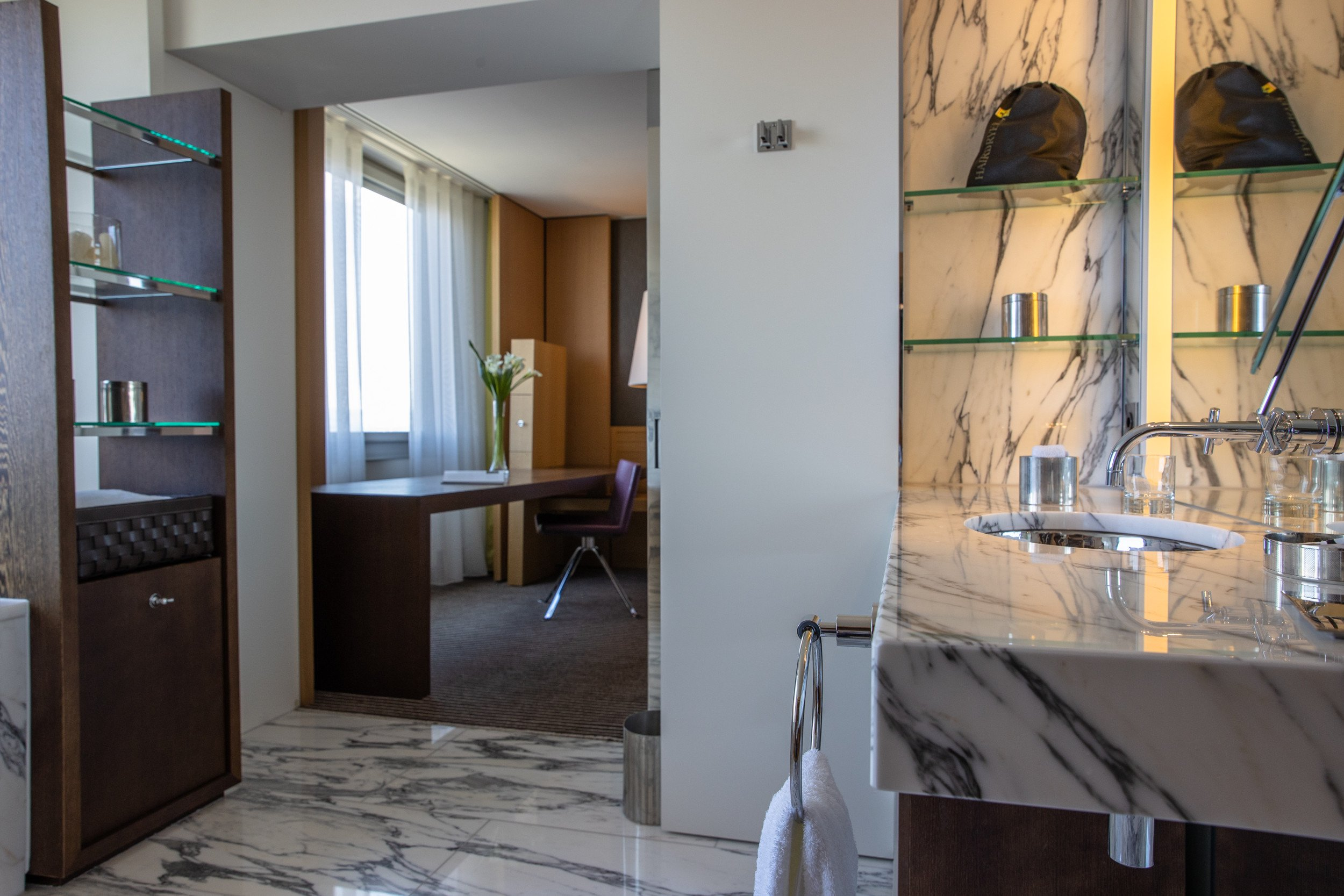 InterContinental-Geneva-Hotel-Suites-Presidential-Suite-7