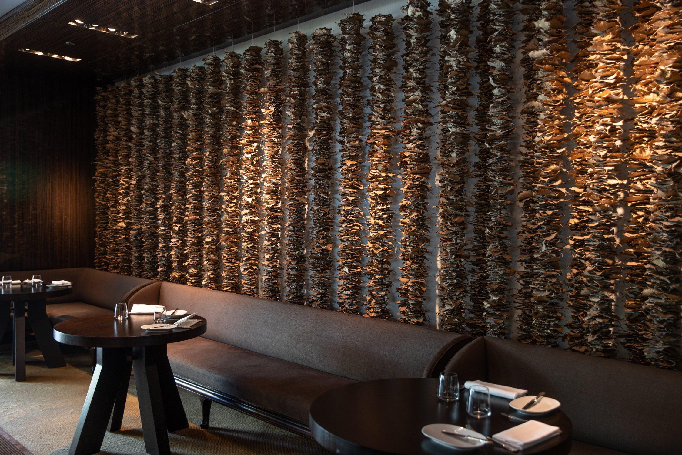InterContinental-Geneva-Hotel-Wood-restaurant-4