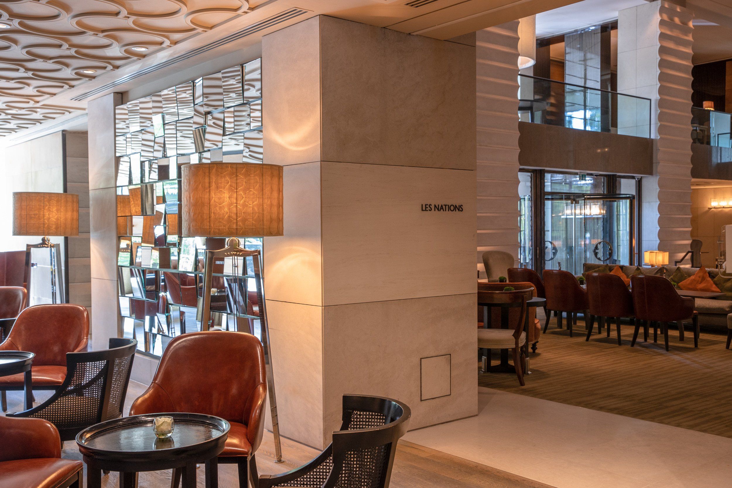 InterContinental-Geneva-Suisse-Hotel-les-Nations-bar-1
