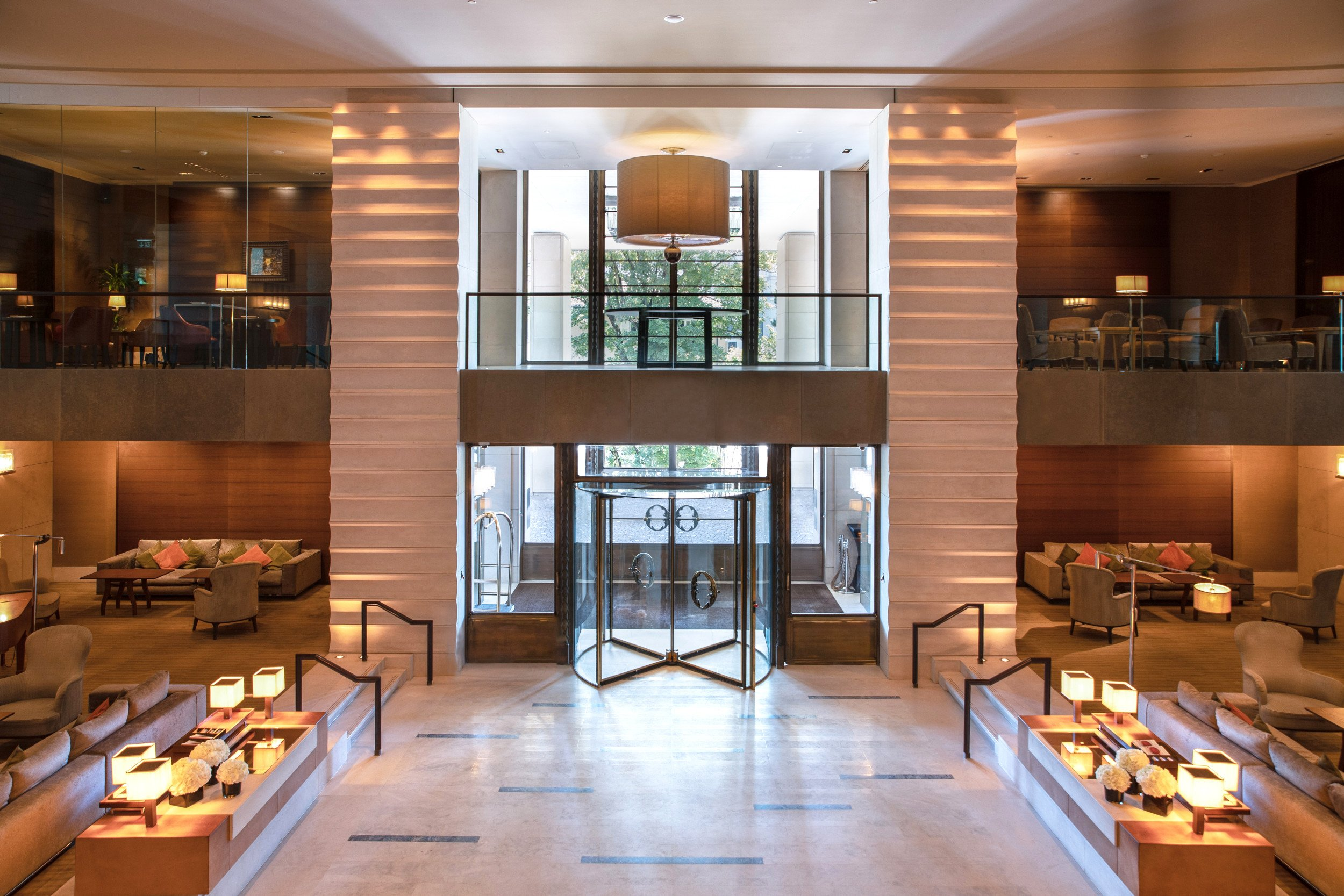 intercontinental-geneva-lobby-entrance
