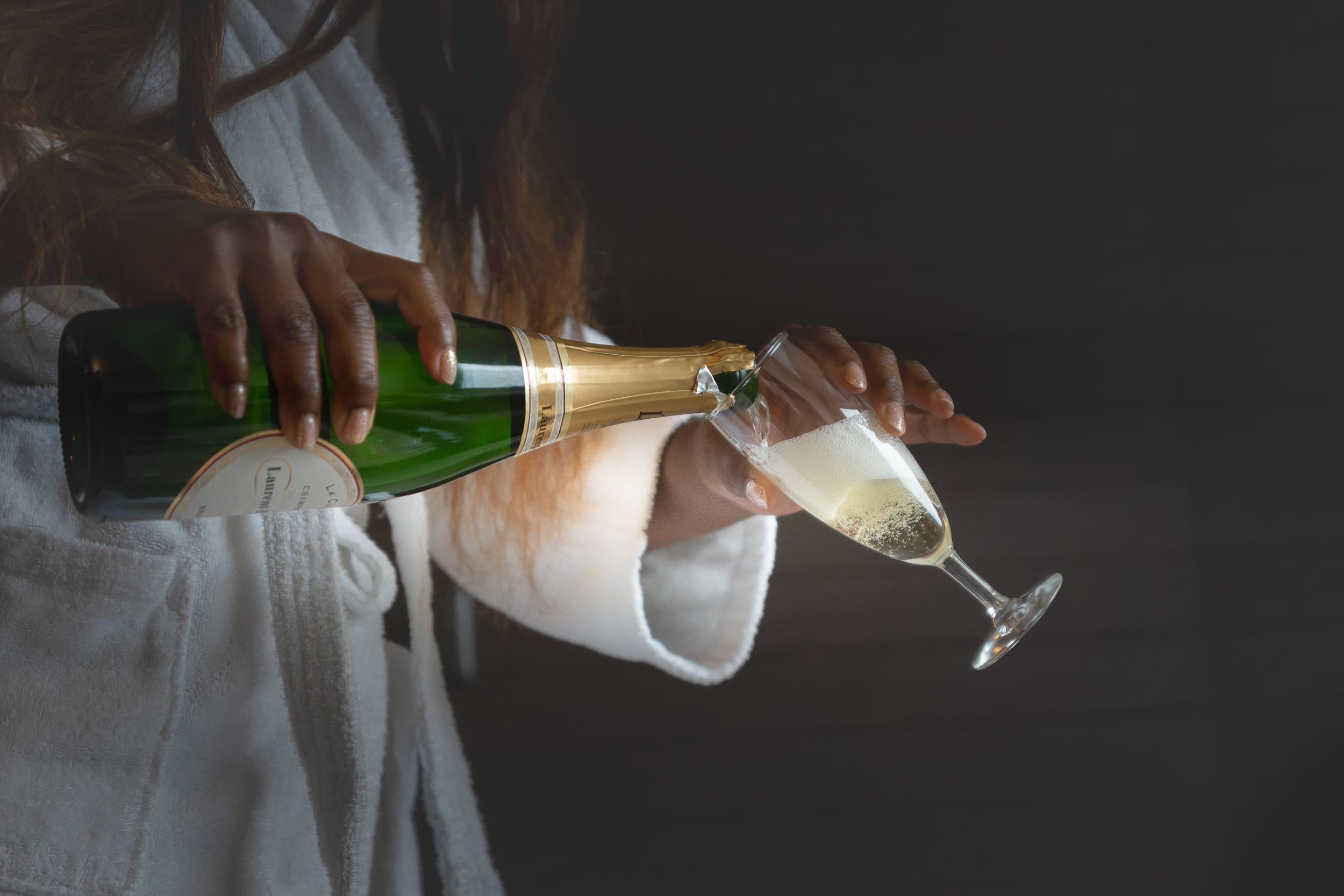 intercontinental-geneva-weddings-champagne