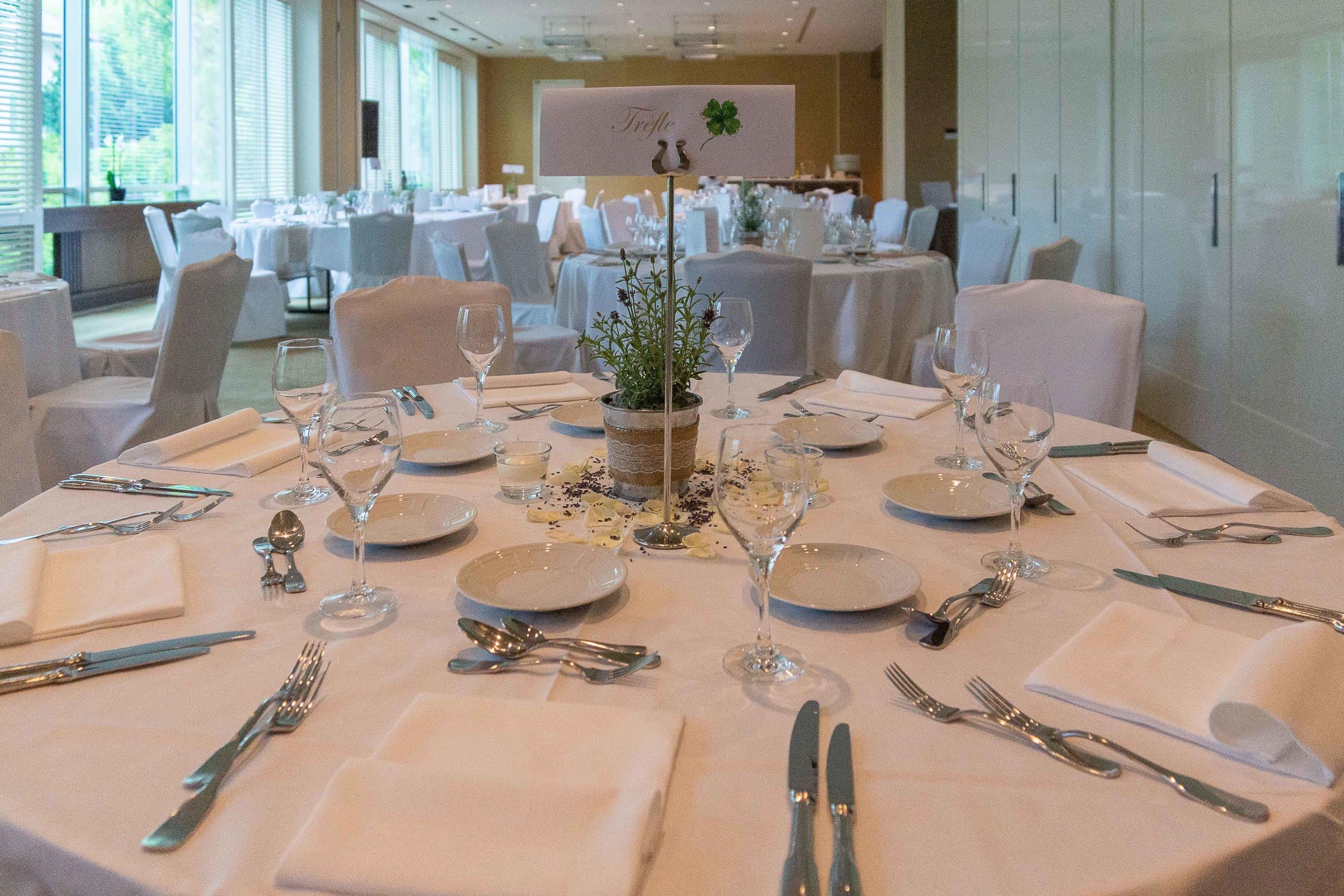 intercontinental-geneva-weddings-table