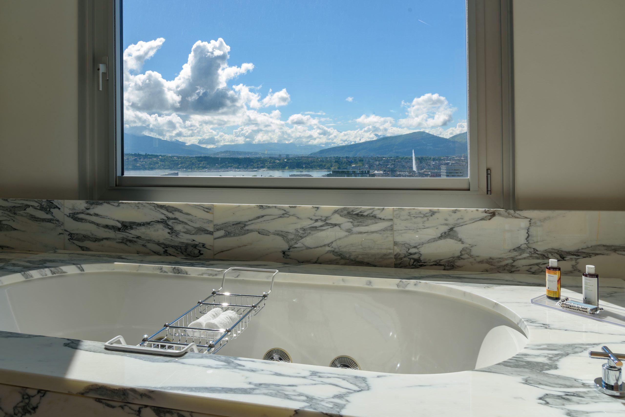 InterContinental-Geneva-Hotel-Suites-Presidential-Suite-5